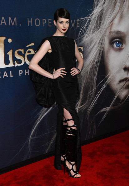a photo of Anne Hathaway at the Les Mis premiere