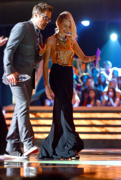 a photo of Naomi Watts and Robert Downey Jr. at the People's Choice Awards