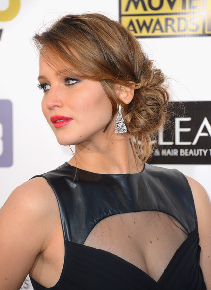 a photo of Jennifer Lawrence at the Critics Choice Awards