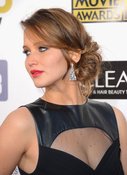 a photo of Jennifer Lawrence at the Critics Choice Awards