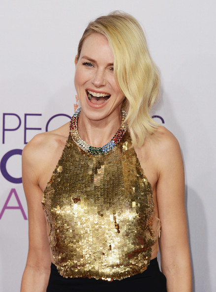 a photo of Naomi Watts at the People's Choice Awards