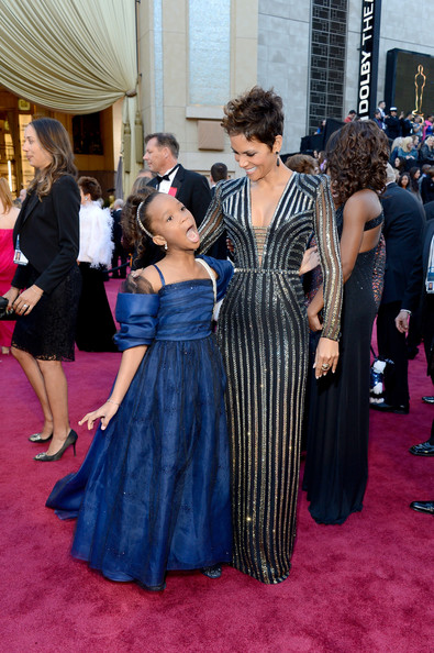 Quvenzhané Wallis and Halle Berry on the Oscars Red Carpet