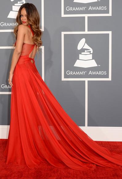 an image of Rihanna at the Grammy Awards 2013