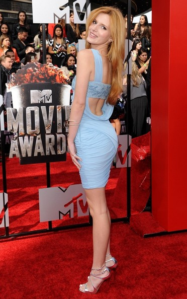 Superheroine Of The Night Bella Thorne Red Carpet Superhero